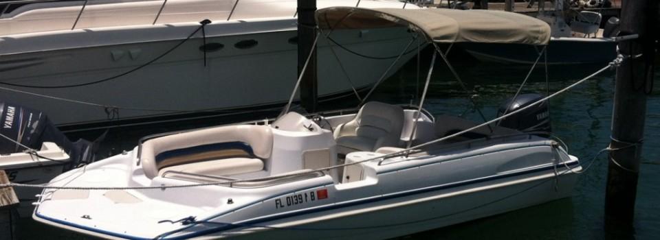 21' Hurricane Deck Boat